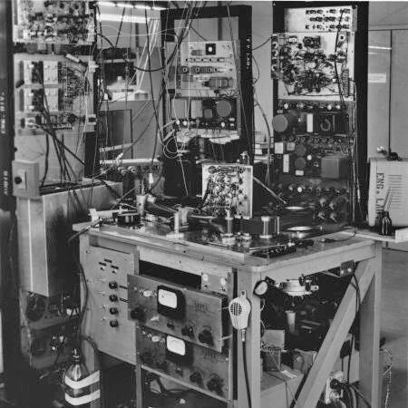 Ampex Mark II – Work in progress of the first broadcast videotape recorder. Courtesy Ampex Corporation with contribution credit to the late Charles Anderson and Tim Stoffel (http://www.lionlamb.us/quad/ampex.html)